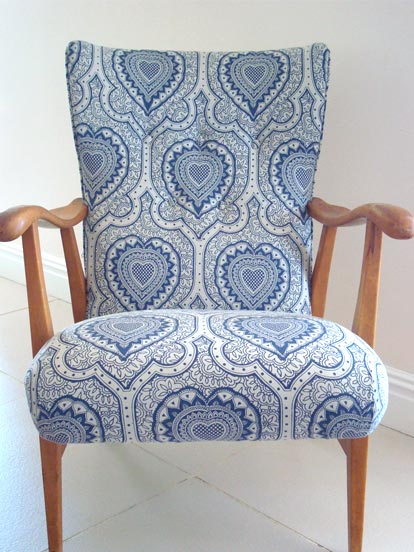 Hello lovely chair, I love you so very much, you are so pretty, I want to look and look and look at you