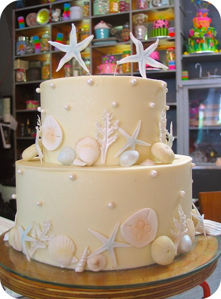 Mucking afazing wedding cakes i want that what advice do you have for brides who are planning their weddings our best advice would be a get involved yourself that way it will truly reflect who solutioingenieria Image collections