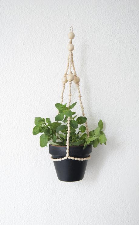 3.bead_white_plant