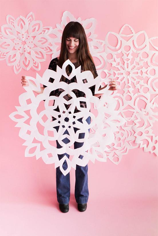 Giant_Snowflakes1_Blog1