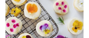 Spotlight On: Edible Flower Cookies